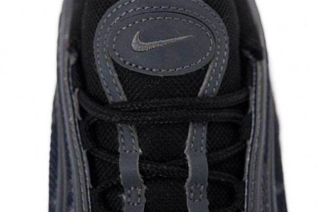 Nike Am97 Prm Tape Clgrey Dkgrey Tongue Detail 1