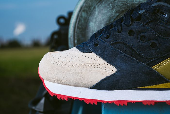 Sneaker Politics X Saucony Courageous The Jackson7