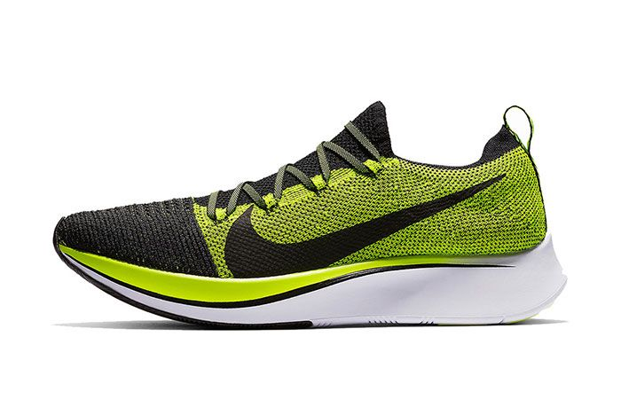 Nike Zoom Fly Flyknit Volt Black 1