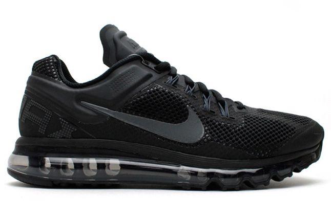 Nike Air Max 2013 Black Profile 1
