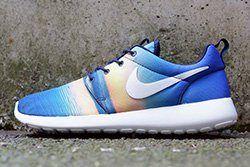 Nike Roshe Run Summer Print Pack Thumb