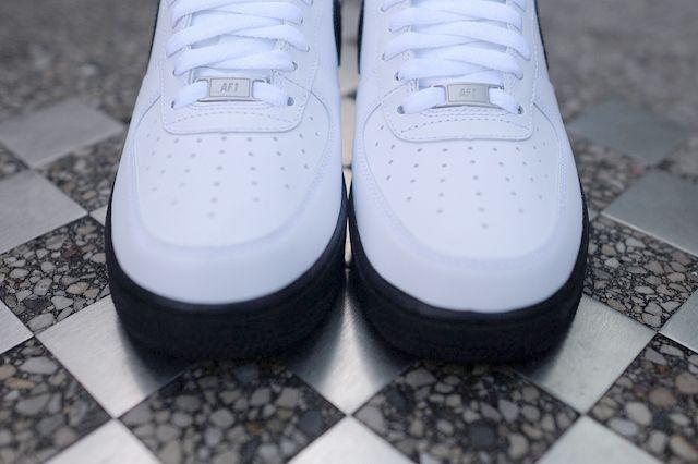 Nike Air Force 1 Low White Black 4