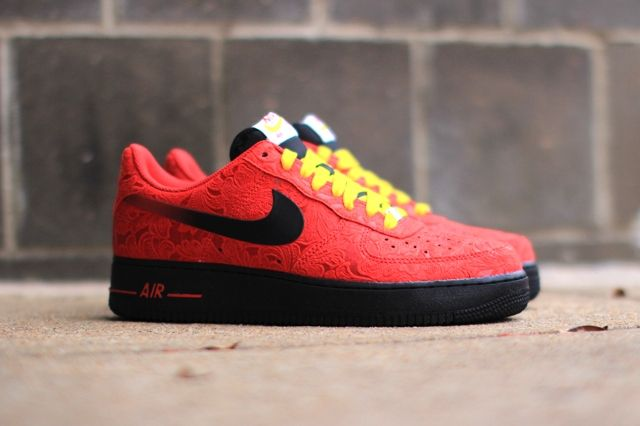 Nike Air Force 1 University Red Paisley 1