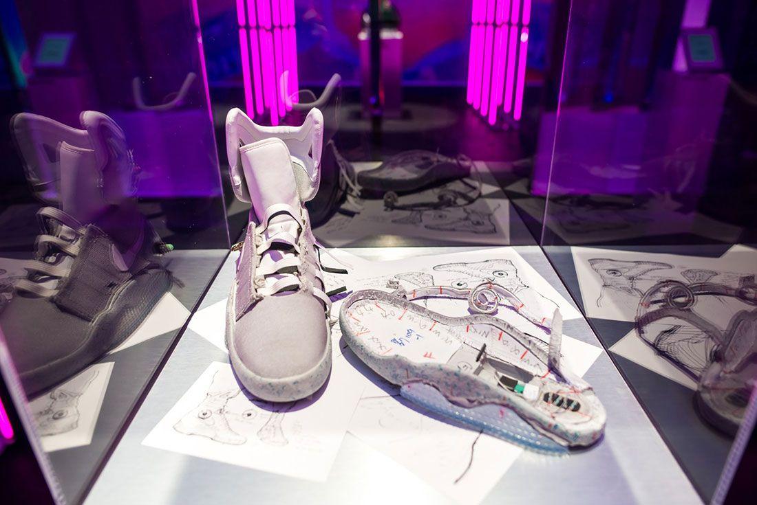 Nike Air Mag Show 13