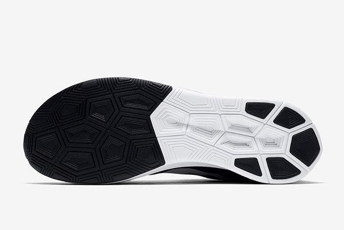 Nike Zoom Fly Black White 2