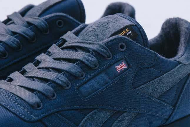 Sneakersnstuff X Reebok Classic Outer Detail 1