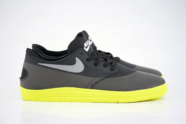 Nike Sb Lunar Oneshot Black Reflect Silver Volt Sideview