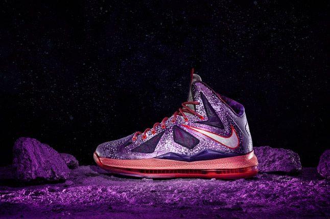 Nike Allstar Houston Lebron Profile 1