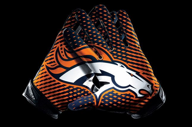 Denver Broncos Glove 1
