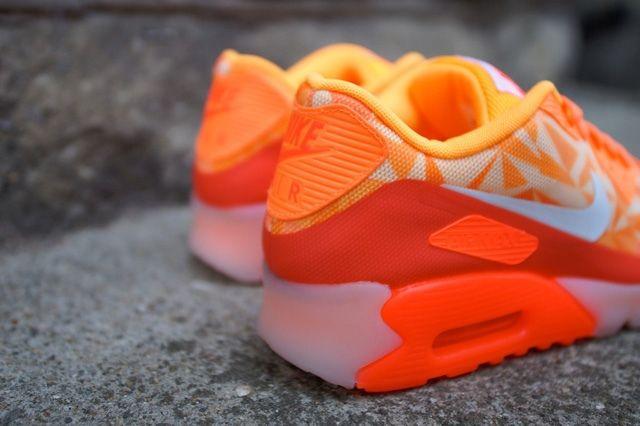 Nike Air Max 90 Ice Atomic Mango 1
