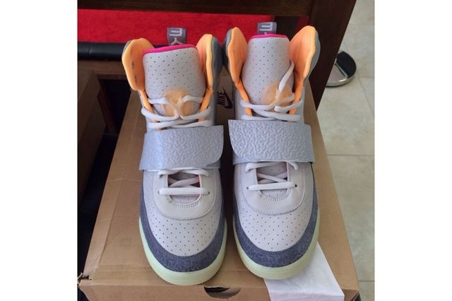 Nike Air Yeezy Full Collection Auction 8