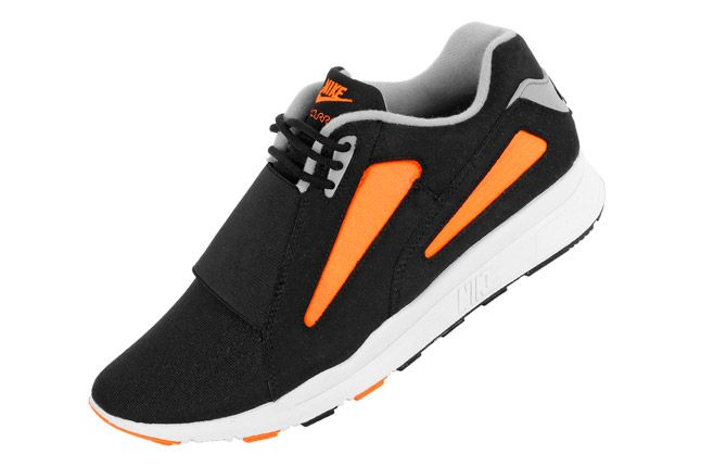 Nike Air Current Total Orange 01 1