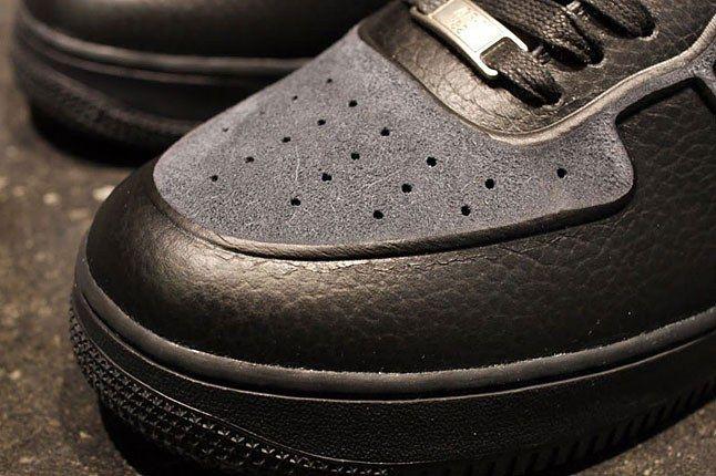 Nike Grey Black Skive Tec 1
