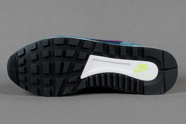 Nike Air Pegasus 89 Nightshade Bright Magenta Volt Outsole