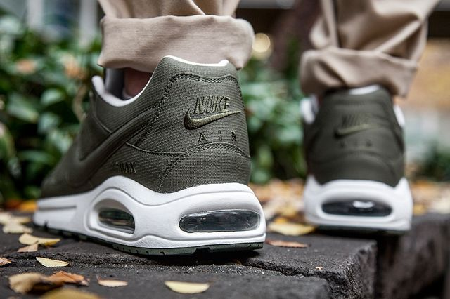 Nike Air Max Command Army Olive 1