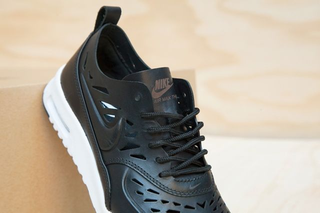 Nike Air Max Thea Joli Black White Pack 1