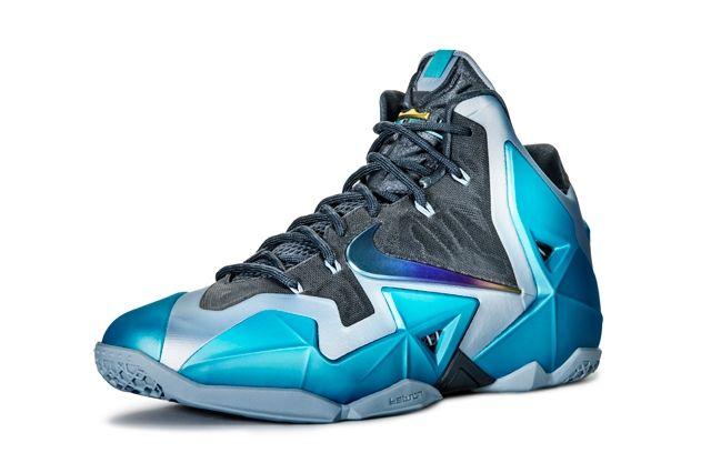Nike Le Bron 11 Gamma Blue1
