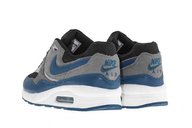 Nike Air Max Light Green Abyss 2