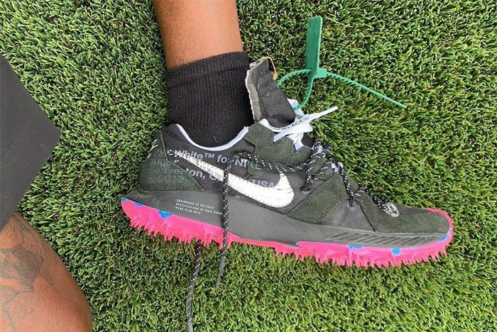 Virgil Abloh Off White Nike Sneaker Coachella 2019 Womens Running Side Shot 3