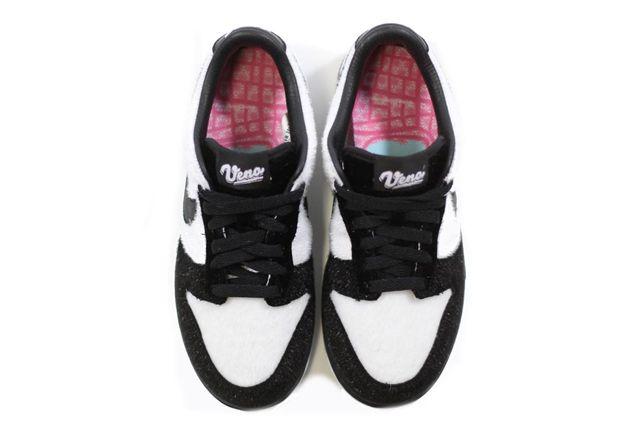 Nike Dunk Low Panda 3