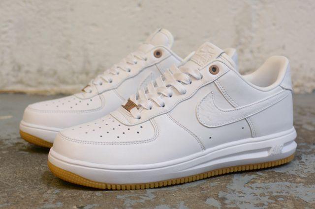 Nike Sportswear White Hot Air Force 1 Cmft