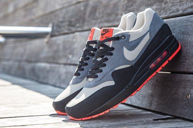 Nike Air Max 1 Granite Fl Bump 2