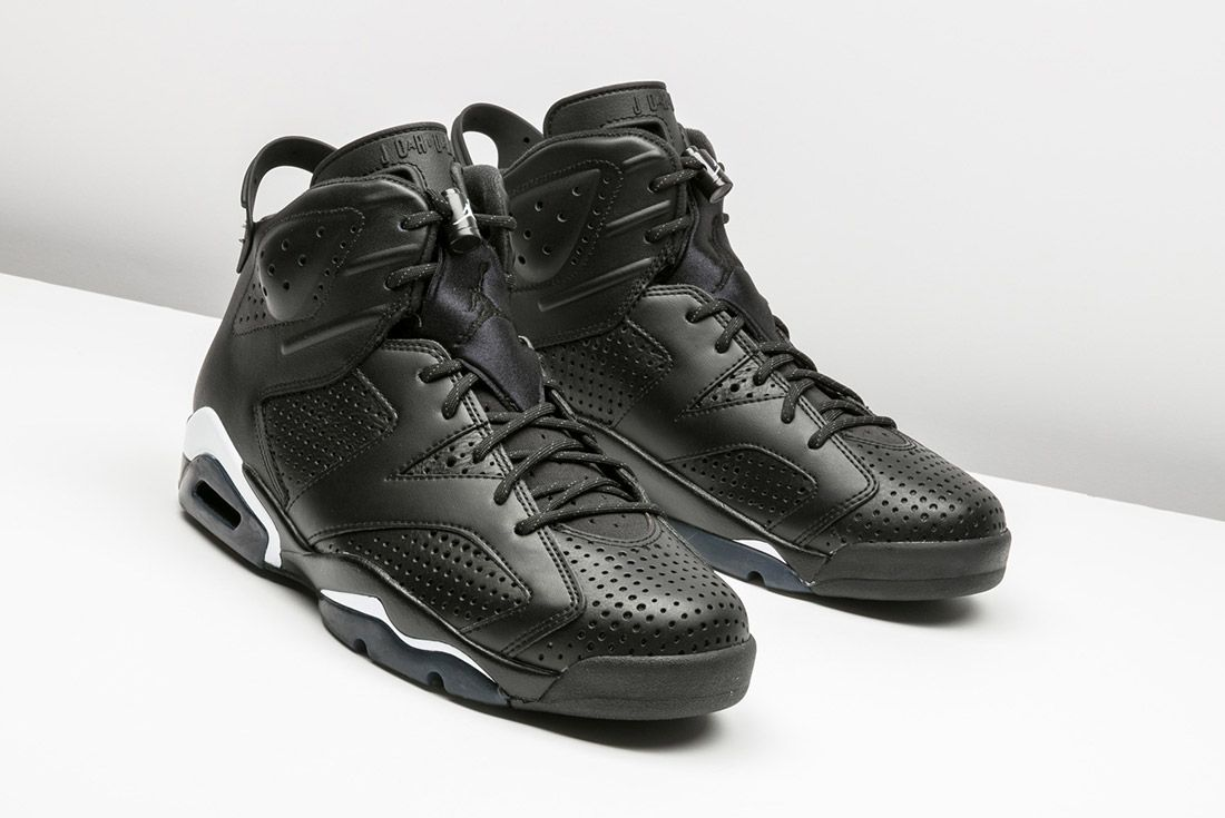 Air Jordan 6 Black Cat 4