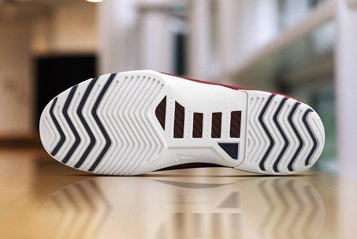 Nike Air Zoom Lebron Retro 2