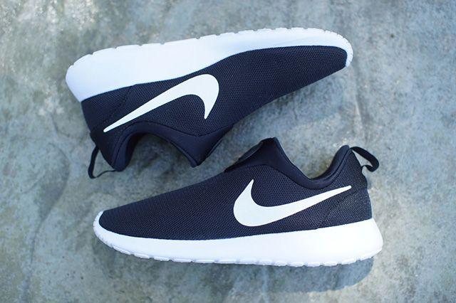 Nike Roshe Run Slip On Monochrome