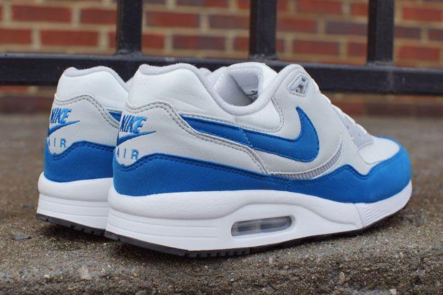 Air Max Light Wht Blue Heel