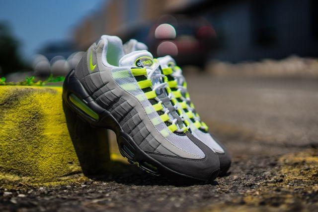 Nike Air Max 95 Og Neon Bumper 1