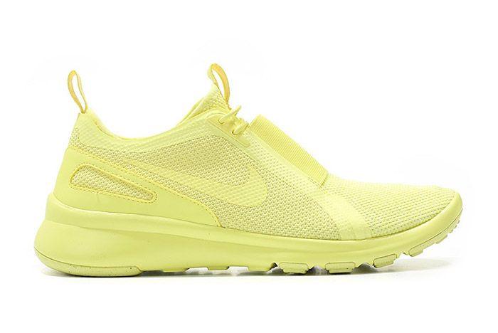 Nike Air Current Slip On Trooper Lemon Chiffon Yellow 4