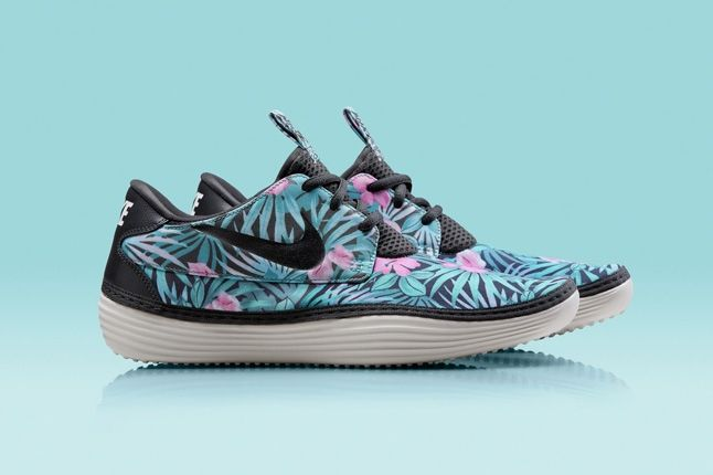 Nike Solarsoft Moccassin Hawaii Floral Purple Black Profile