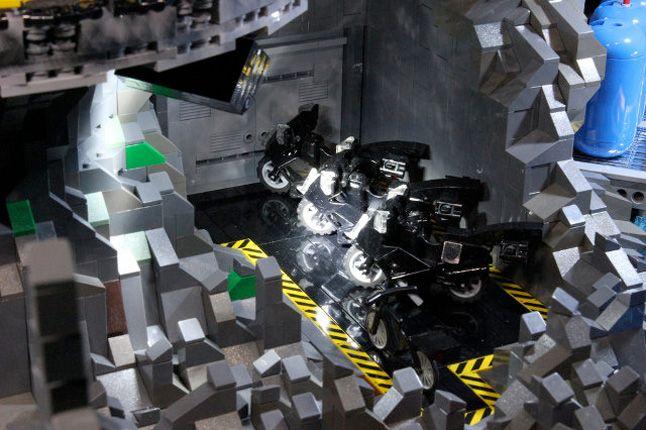 Lego Batcave 10 1