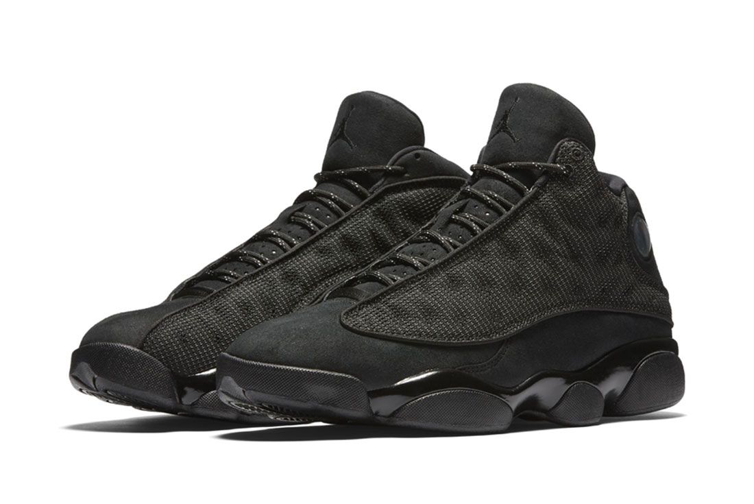 Air Jordan 13 ' Black Cat' 4