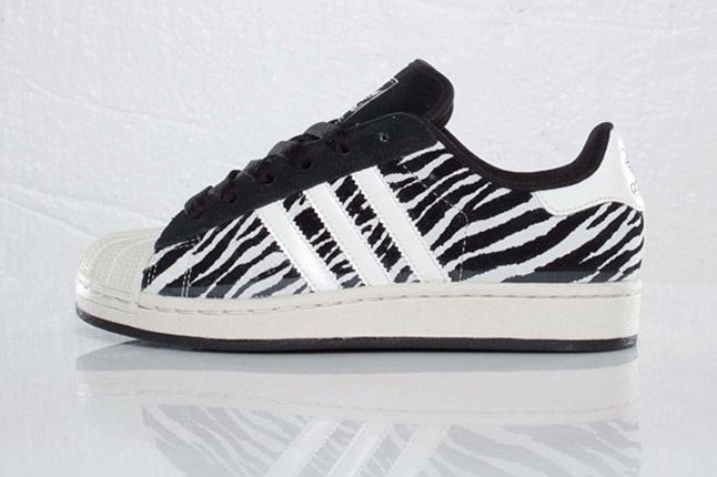 Adidas Originals Superstar 2 Zebra Profile 1