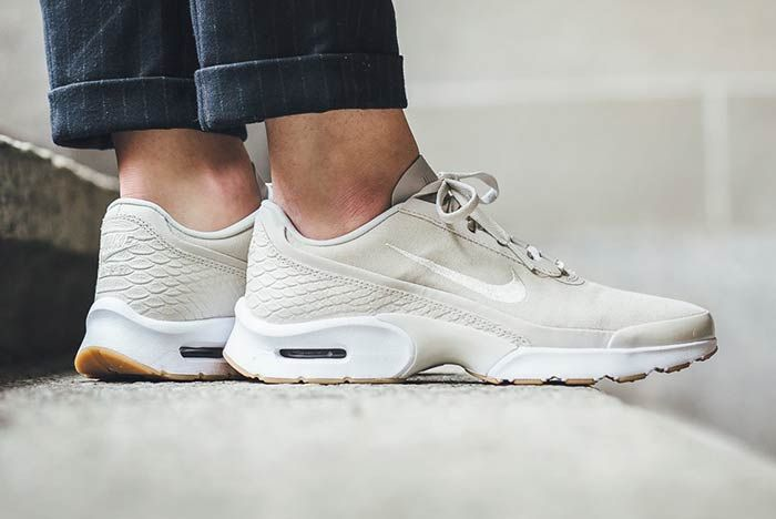 Nike Air Max Jewelllight Bone 1