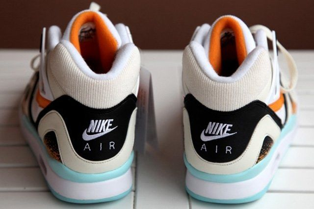 Nike Air Tech Challenge Ii White Kumquat 2
