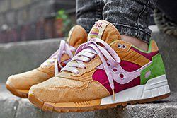 End X Saucony Shadow 5000 Burger Thumb