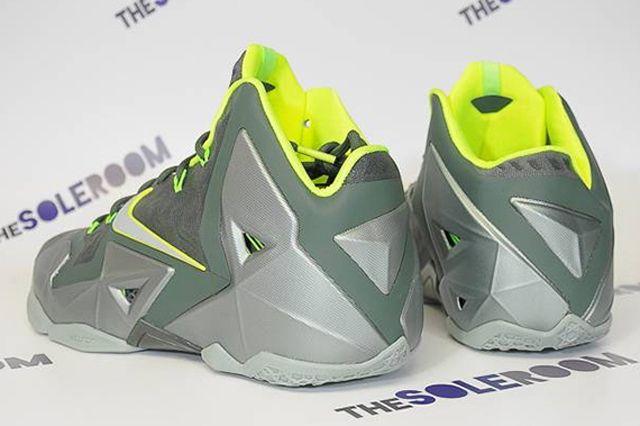 Nike Le Bron Xi Dunkman 03