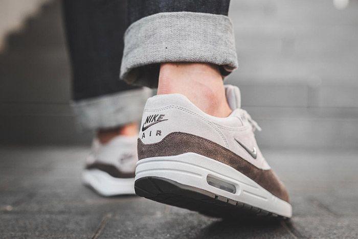 Nike Air Max1 Jewel Womens Grey 1