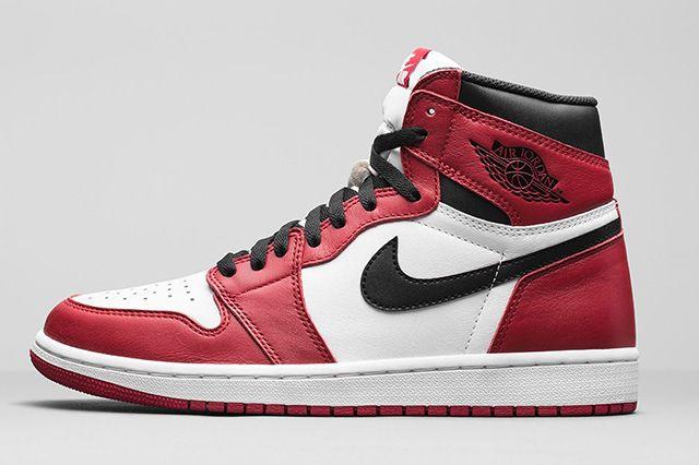 Air Jordan 1 High Chicago 1