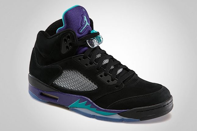 Air Jordan 5 Black Grape Front Quarter 1