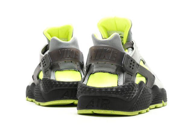 Nike Air Huarache Neon 3