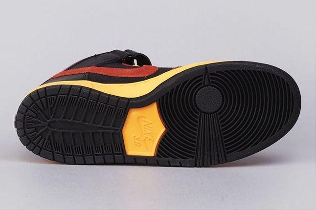 Nike Sb Dunk Mid Pro Ostrich Sole 1
