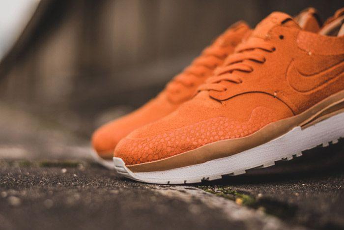 Nike Air Safari Royal Orange 3