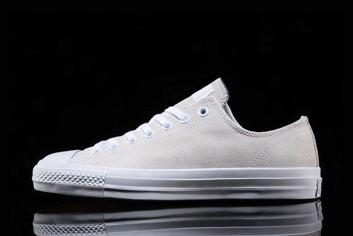 Converse Cons Chuck Taylor All Star Pro Cream Suede 7