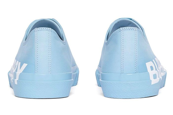 Burberry Logomania Graces Premium Gabardine In Two New Colorways 006 Heel