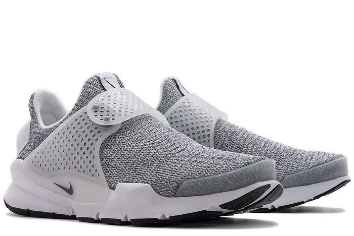 862412100 Nike Womens Sock Dart Se White Black 3