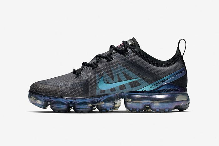 Sp19 Nsw Throw Back Future Am Background Plate Vapor Max Featured Footwear Rectangle 1600